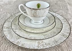 Waterford Bassano - 5 Piece Place Setting