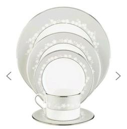 Bellina® 5-piece Place Setting by Lenox