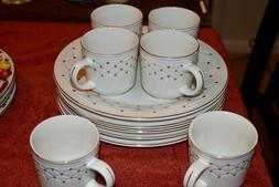 gibson glassware Lot of 6 tea cups + Lot of 5 Dinner plates