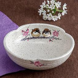 Jpanese traditional ceramic Kutani ware. Bowl. Sparrow. With