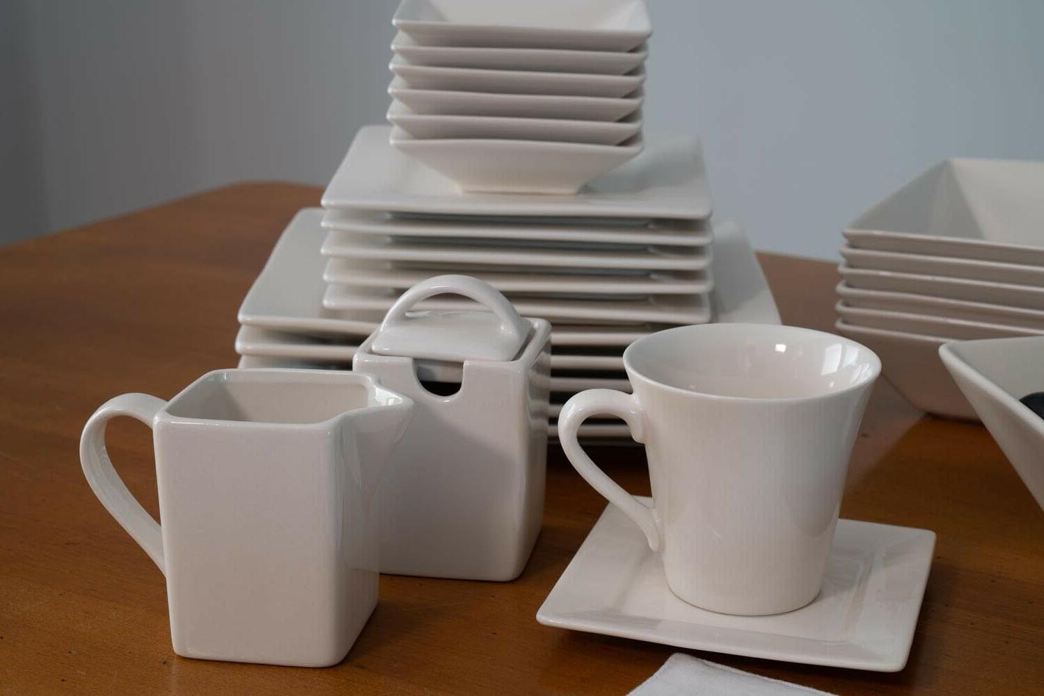 45-Piece Square For 6 Plates