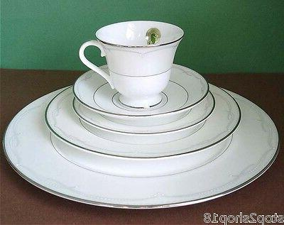 Waterford Piece Place Setting Dinnerware New Box