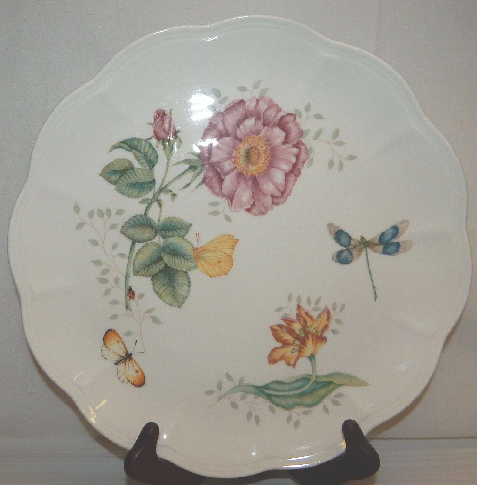 Set of 6 BUTTERFLY MEADOW Dinner Plates, EUC